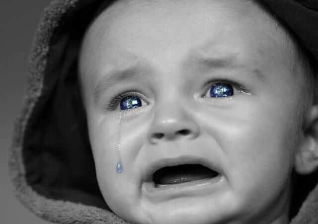 4 סיבות טובות (ושכיחות) לאי שקט בתינוק